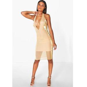 Boohoo Halter neck Metallic Midi Dress ✨
